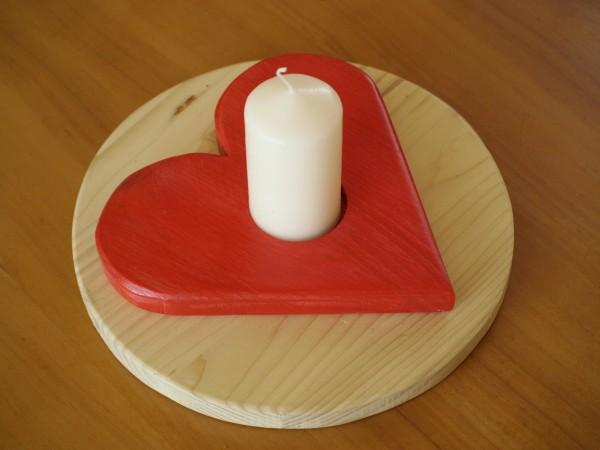 Kerzenhalter_Holz_Herz_rot