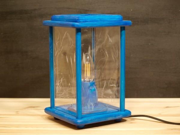 Dekolampe, Holz, Tischlampe, elektrisch, blau, graviert